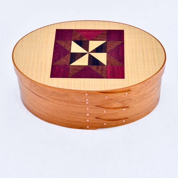 large handmade shaker cherry box with quilt pattern on lid