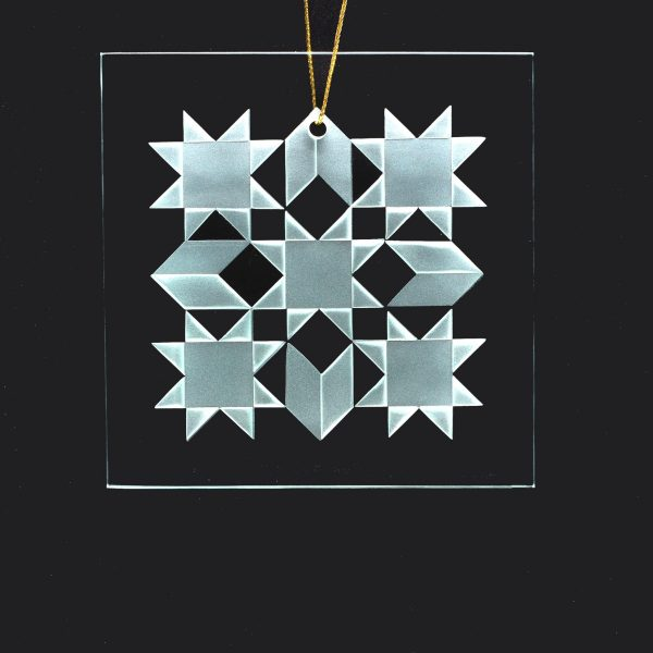 quilter ornament, holiday glass ornament, sandblasted glass square, gift for the quilter