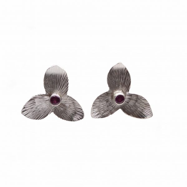 textured silver trillium stud earrings, fancy southern handmade earrings, southern stud earrings