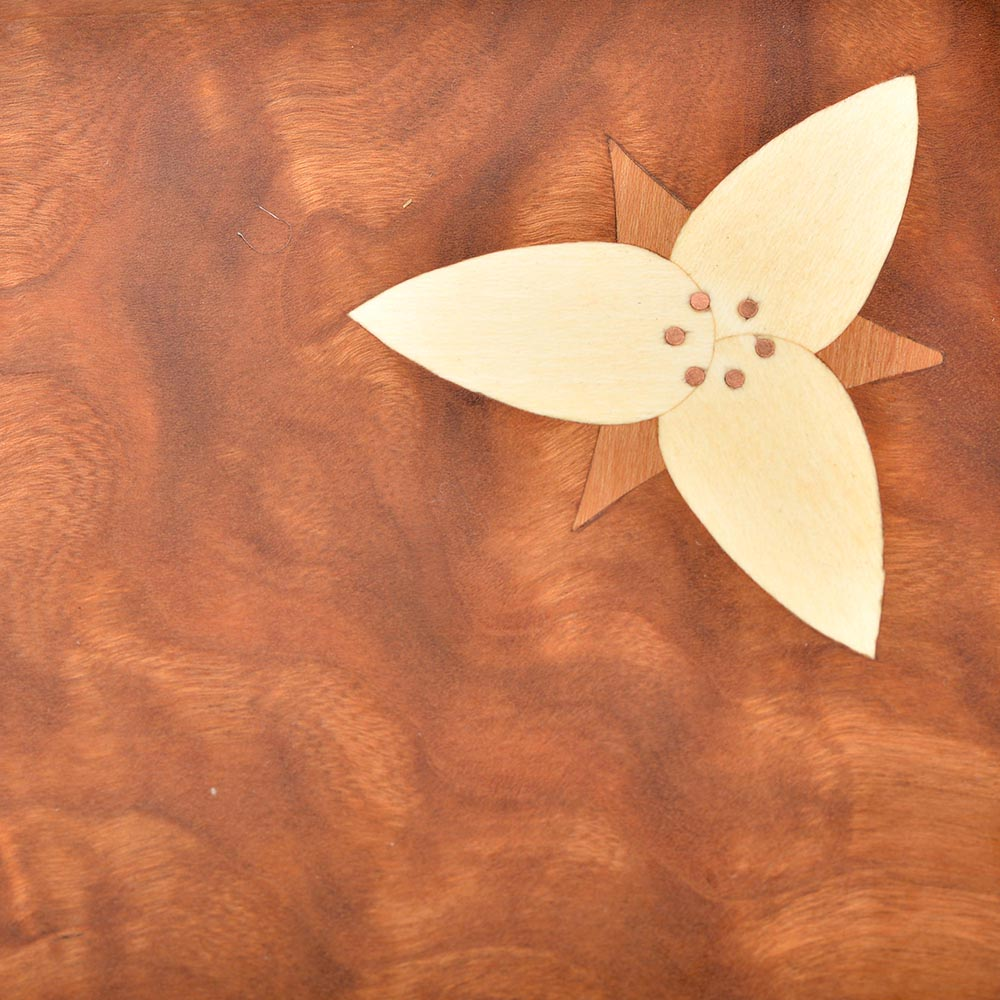 trillium flower serving board detail, southern craft