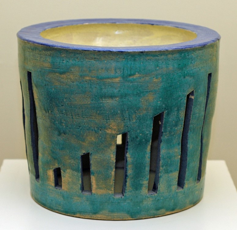 Melon Vase, Ben Owen III, 2007, stoneware - wood fired, shino glazed, small top opening.