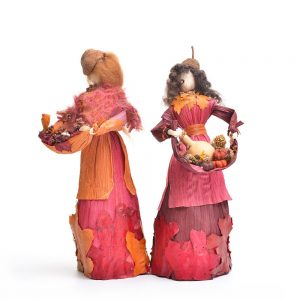 autumn corn shuck doll, traditional fall decor