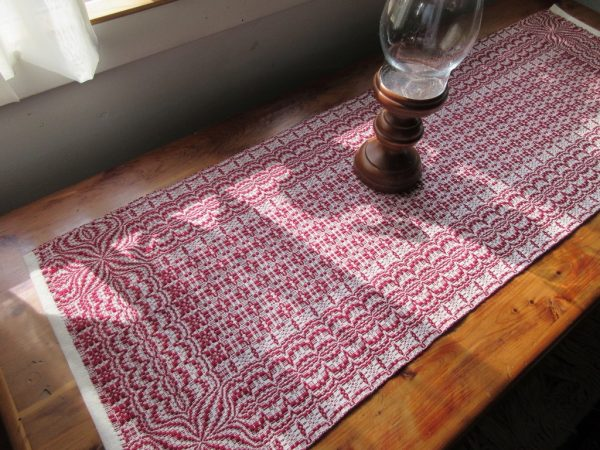 table runner, overshot table runner, handwoven lee's surrender draft pattern