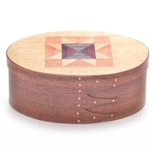 large quilt top shaker box, wooden shaker box with quilt pattern in lid