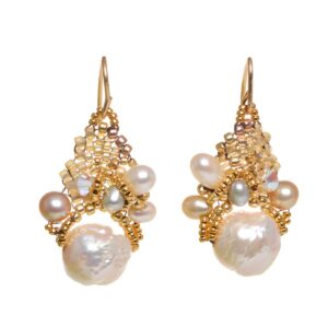 katsumi textured pearl earrings with woven beads