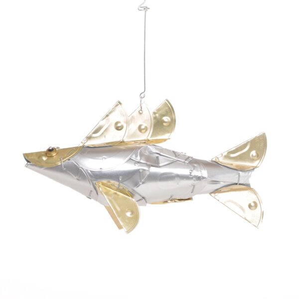recycled cat food lid fish, hanging fish sculpture