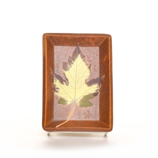 BROWN LEAF SOAP DISH, small ceramic rectangle dish with leaf on it