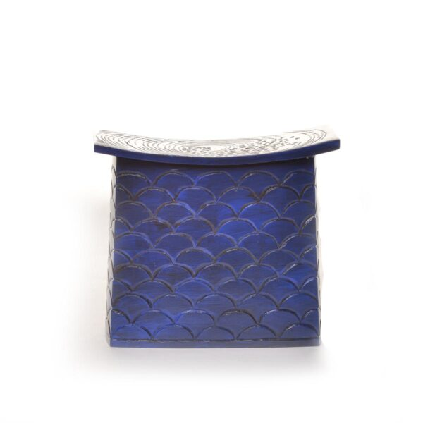 blue rectangle wooden covered jar with blue scales and white waves on top