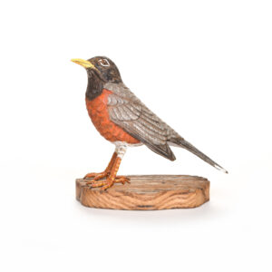 carved and painted robin, nc traditional woodcarver