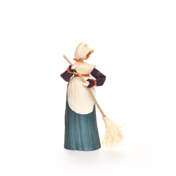 corn shuck lady sweeping with a broom, appalachian traditional crafts, folk art center
