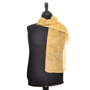 dyed and marbled scarf using marigolds