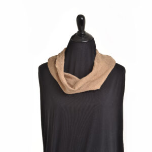 cashmere cowl in light brown